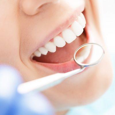 dentiste-implantologie-parodontologie